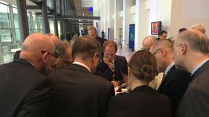 Gespräche am Rande der ESA-Ministerratskonferenz 2014