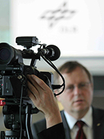 DLR-Webcast: Interview mit Johann-Dietrich Wörner