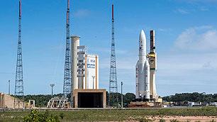 Erster Start 2018: Ariane 5 auf dem Weg zum Launch Pad