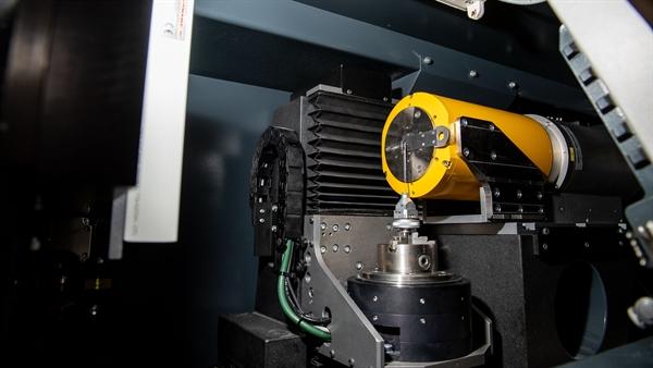Hochauflösende CT%2dAnlage – nanotom: Hauptkomponenten
