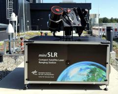 Mobiles System des DLR für Satellite Laser Ranging