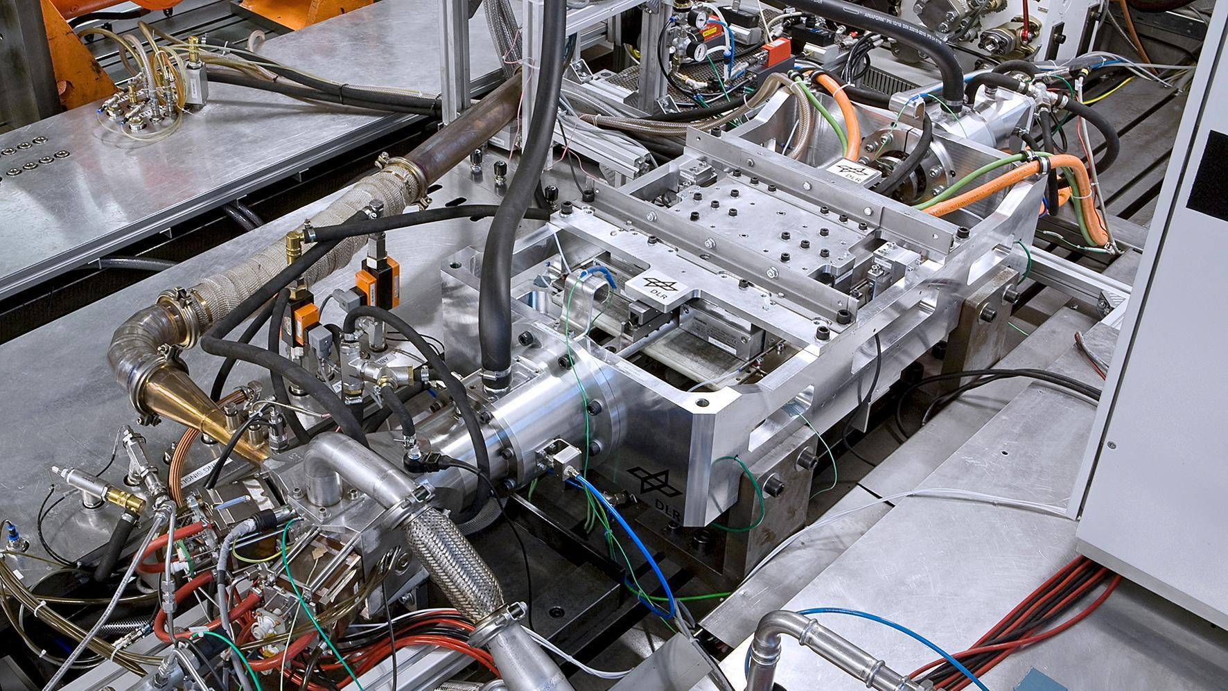 The free-piston linear generator (FKLG) – a new kind of range extender for electrically powered vehicles