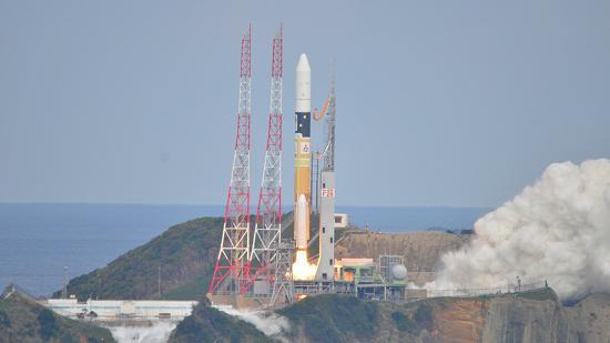 MASCOT launches from the Tanegashima Space Center