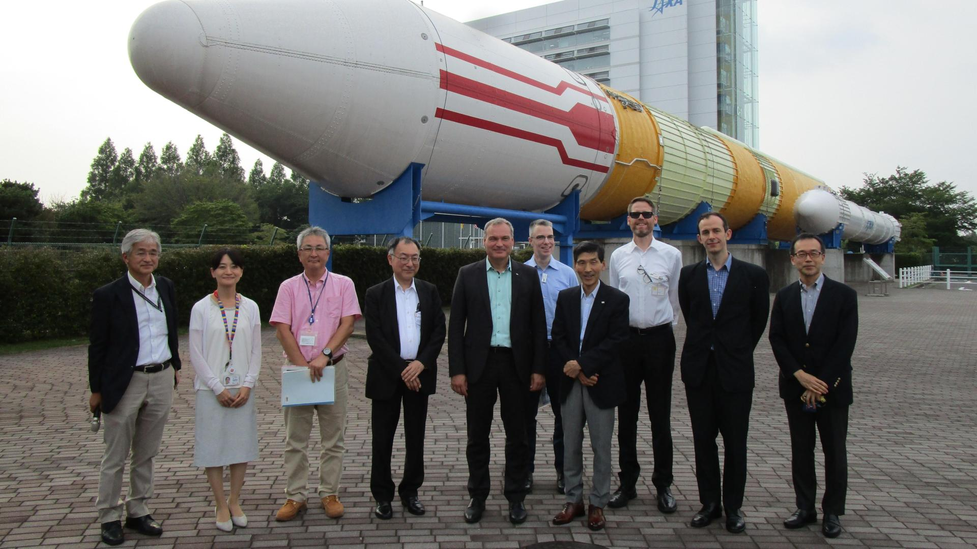The DLR delegation during a visit to the JAXA Tsukuba Space Centre on 31 July 2019.