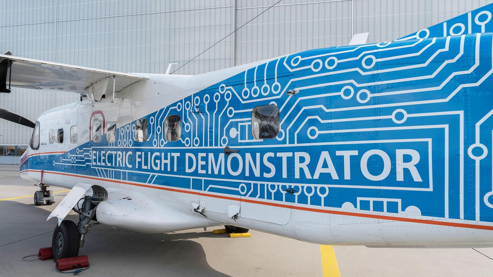 DLR's Do 228, D-CFFU as the 'Electric Flight Demonstrator', with a special sticker