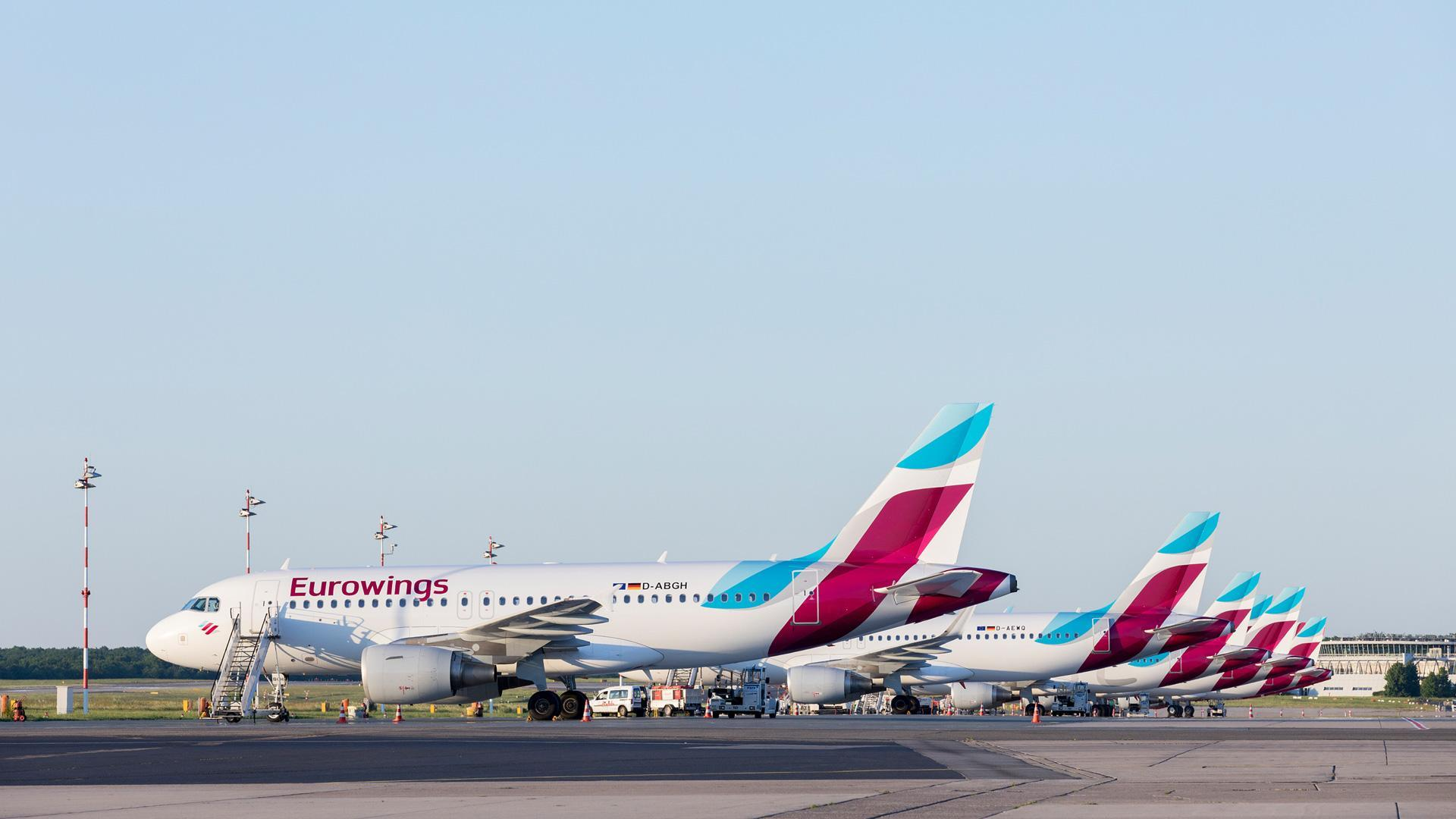 DLR Low Cost Monitor: Eurowings aircraft on the apron
