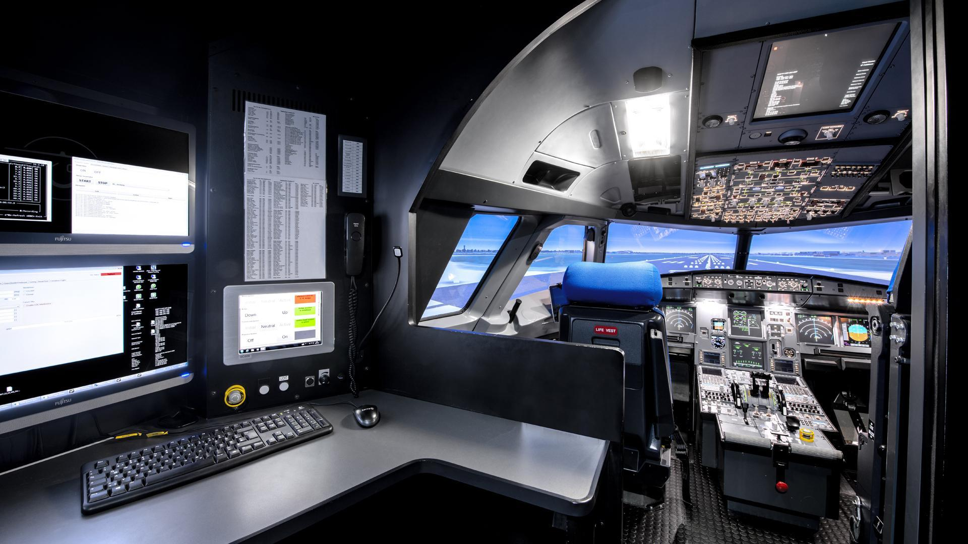 Aircraft simulator flight deck