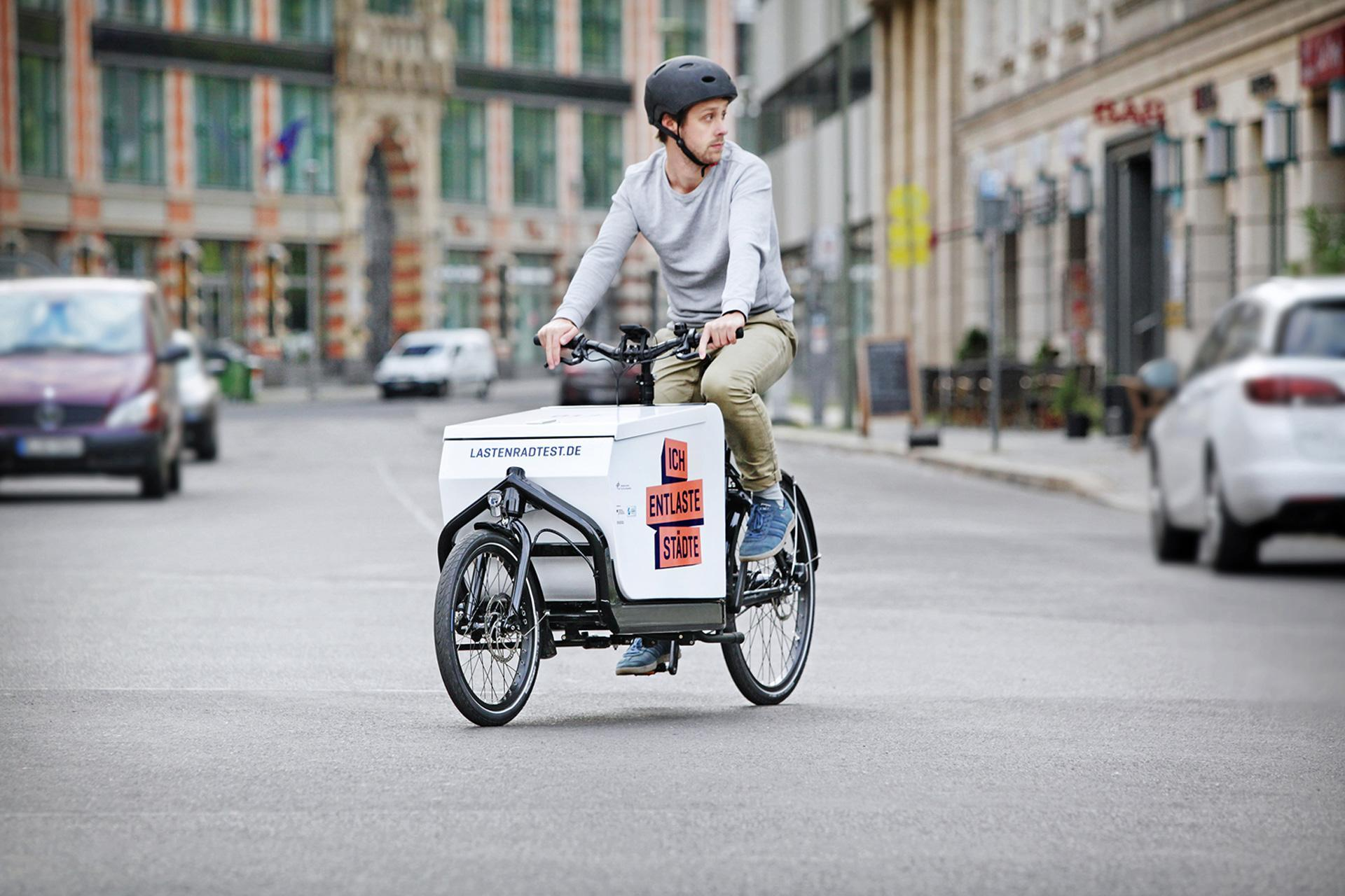 The cargo bike in action