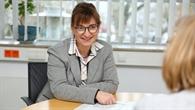 Die Direktorin Prof. Katharina Seifert des Instituts für Verkehrssystemtechnik im Gespräch