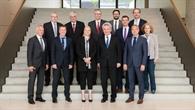 NRW%2dWirtschaftsminister Pinkwart beim DLR in Köln