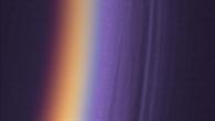 Titans obere Atmosphäre in Ultraviolett