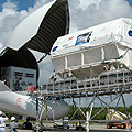 Columbus kurz vor dem Transfer zum Kennedy Space Center