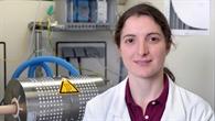 Martina Neises: Versuchsreaktor spaltet Wasserstoff und Sauerstoff