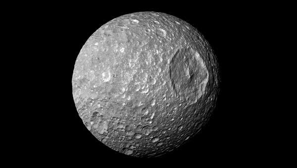 """Der Krater Herschel auf Mimas, dem """"Todesstern"""""""