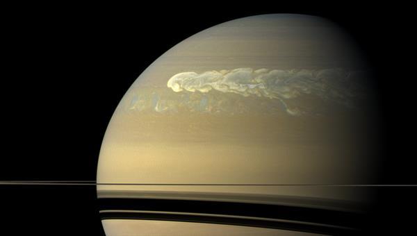 Turbulente Wolkenwirbel in der Saturnatmosphäre