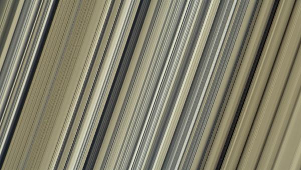 Die Saturnringe in der höchsten Bildauflösung