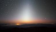Kosmischer Staub in der Ebene der Erdbahn um die Sonne