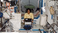 Sunita Williams mit dem TRAC%2dExperiment
