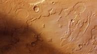 Farbdraufsicht auf den Westrand von Acidalia Planitia