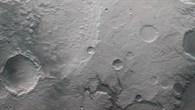 Anaglyphenbild des Nordostens von Hesperia Planum und dem Palos%2dKrater