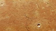 Ein Netzwerk riesiger Brüche bedeckt Utopia Planitia im nördlichen Tiefland des Mars