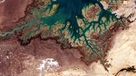 Die Musa%2dBucht im Iran mit verästeltem Talnetzwerk