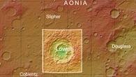 Topographische Übersichtskarte der Umgebung des Kraters Lowell auf dem Mars