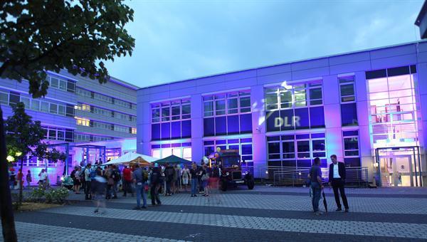 Die Lange Nacht der Wissenschaften 2015 beim DLR in Berlin-Adlershof