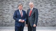 Staatssekretär Enak Ferlemann und Prof. Karsten Lemmer