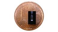 Mikro%2dTriebwerk und Cent%2dMünze