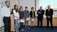 Prof. Wörner und Dipl. Ing Rauck mit dem Team des Martinus Gymnasiums (v. r.)