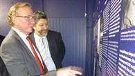 MdL Schmiedel und Klaus Schäfer (DLR) im DLR%2dForum
