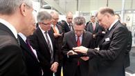 Bundesinnenminister de Maizière testet die mobile Anwendung