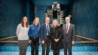 Zukunft Tandem%2dL: MdB Claudia Roth informiert sich
