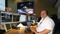 Ralf Faller im Kontrollraum des EDRS%2dC Satelliten