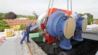 77 Tonnen schwere Luftpumpe