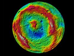 Farbkodiertes digitales Geländemodell des Südpolbeckens von Vesta (Quelle: NASA/JPL%2dCaltech/UCLA/MPS/DLR/IDA.)