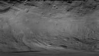 Globales Bildmosaik in einfacher Zylinderprojektion ohne Gradnetz (Quelle: NASA/JPL%2dCaltech/UCLA/MPS/DLR/IDA.)