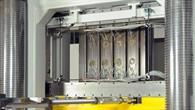 Versteifte Paneele aus Carbonfaser%2dverstärktem Kunststoff (CFK)