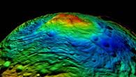 Das Rheasilvia%2dEinschlagsbecken am Südpol von Vesta