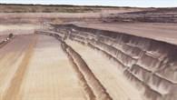 Perspektivische Ansicht der Braunkohlemine Inden aus GeoEye%2d1%2dDaten (2012)