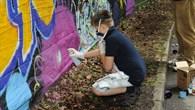 Kreative Weltraumbilder zaubern junge Graffitisprayer