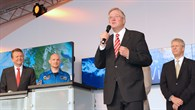 Peter Hintze eröffnet den Tag der Luft%2d und Raumfahrt