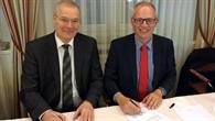 Unterzeichnung des Abkommens zwischen DLR und NLR