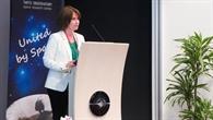 Gastgeberin Liisa Oviir eröffnete den EIWK unter der estnischer Präsidentschaft in Tallinn.