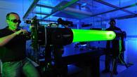 Die Entwicklung von Lasersystemen steht im Fokus der Arbeit des Instituts für Technische Physik
