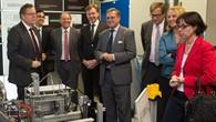 Die österreichische Die österreichische Bundesministerin für Verkehr, Innovation und Technologie Doris Bures besucht das DLR%2dStuttgart