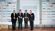 Ferdinand Vogel (zweiter von rechts) bei der Preisverleihung des Bundesleistungswettbewerbs in Oldenburg
