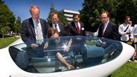 Oberbürgermeister Wolfgang Schuster eröffnet Tag der offenen Tür