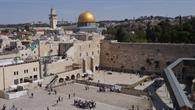 Jerusalem %2d Ausblick auf die Klagemauer und den Felsendom